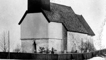 Hustad kirke omlag 1910