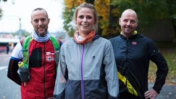 Ultraløpere løper helst konkuranser lenger enn et maraton. Marit, Frode og Leif skal løpe Oslofjorden Rundt, fra Moss til Horten, i opp mot 24 timer. For småbarnsmoren Marit (38) passer det dårlig med en kneskadde rett før løpet. (1:3)