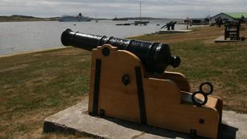 Kanon utenfor Stanley, Falklandsøyene