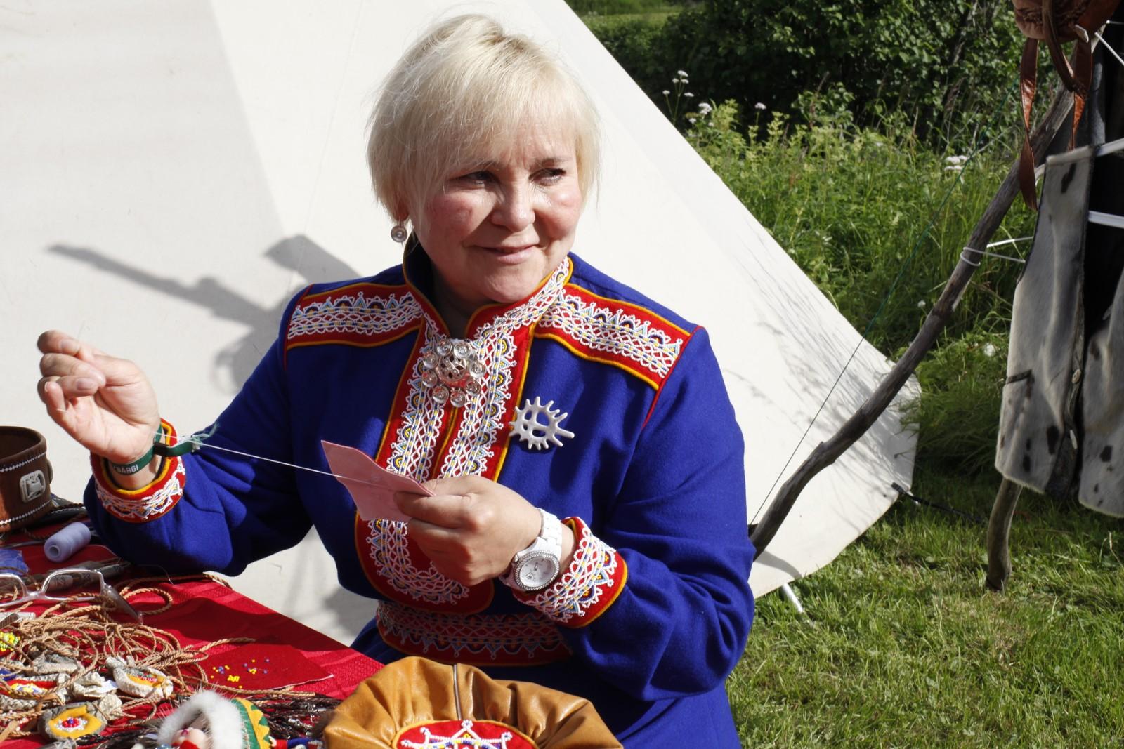 Zoja Galkina fra Lovozero trives på Riddu Riddu. Hun kommer gjerne igjen, sier hun.