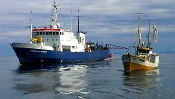 """Tre fiskebåter hindret seismikkskipet """"Polshkov"""" å drive oljeleting i havområdet utenfor Vesterålen"""