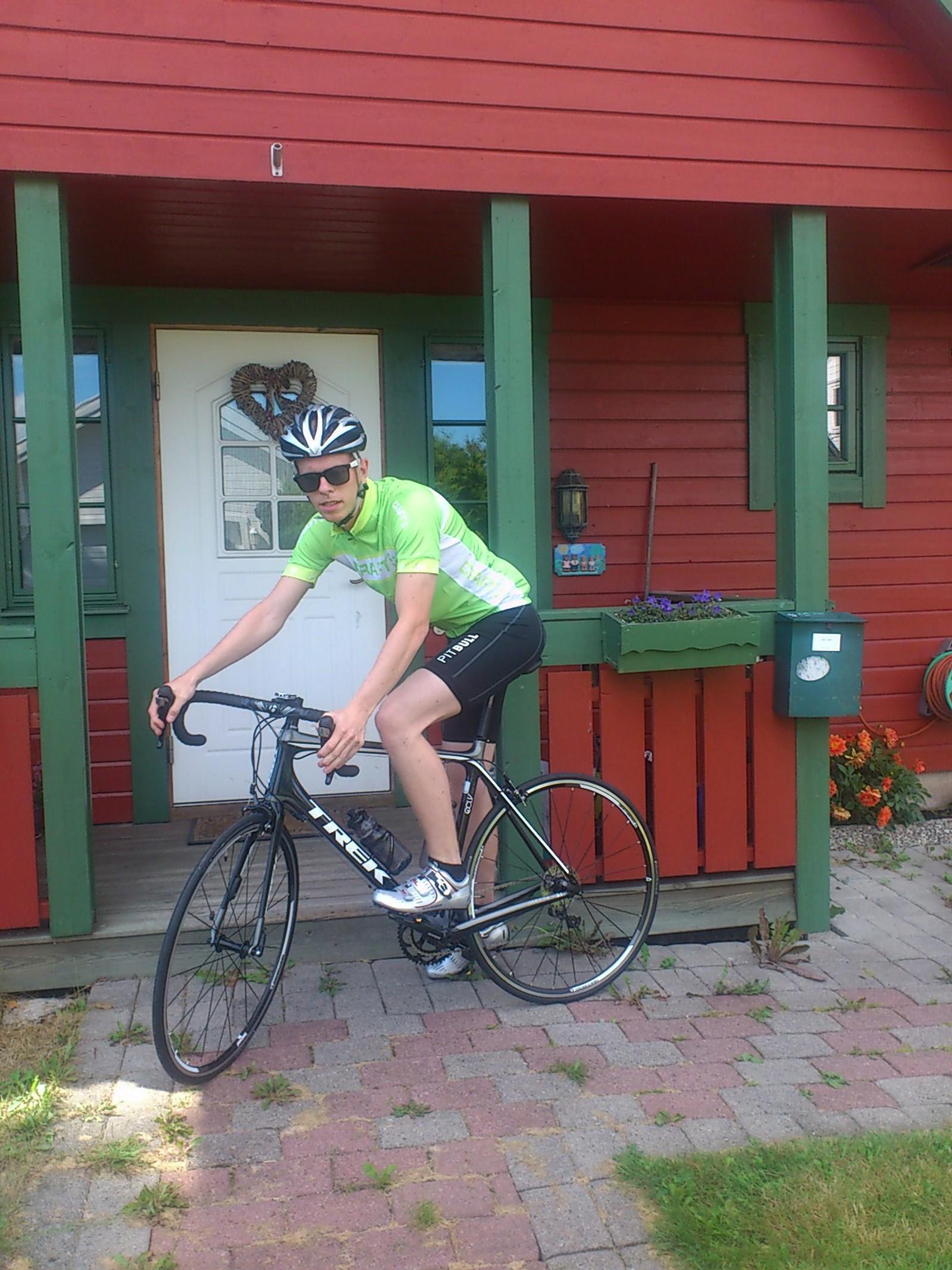 OFTE PÅ SYKKELEN: Foreldrene forteller at Petter syklet mye i trafikken og var bevisst på farene.