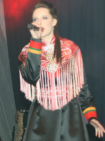 SomBy-vokalist Miira Suomi.