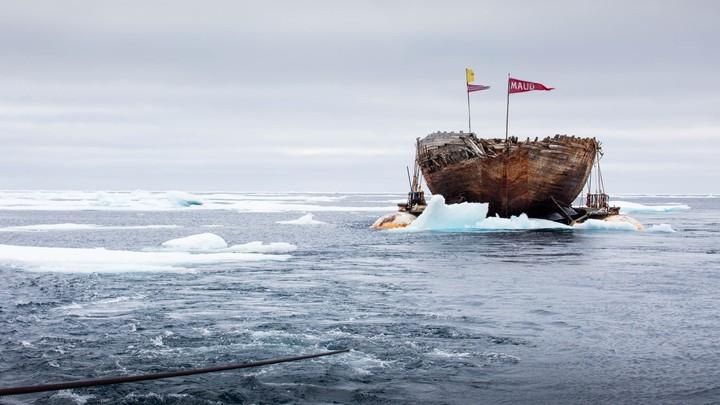 Polarskuta «Maud» på under slep mellom Cambridge Bay i Canada og Aasiaat på Grønland - Foto: JAN WANGGAARD/MAUD RETURNS HOME