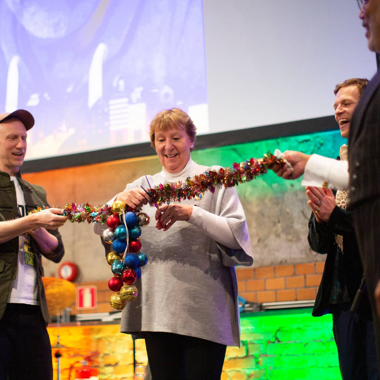 Ordfører i Oslo Marianne Borgen holdt både tale og klippet snor på DOGA fredag kveld.