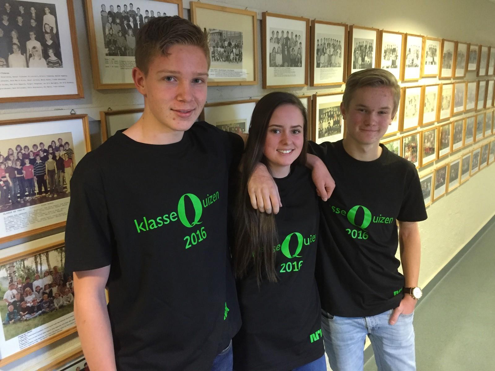 Fredrik Hamre, Tuva Brenden og Joakim Skjold fra Søndre land ungdomsskole fikk to poeng.