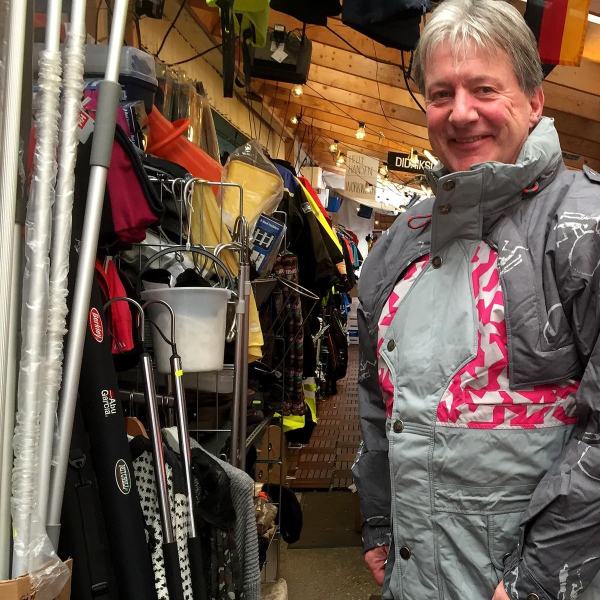 Kjøpte hundrevis av Lillehammer jakker </div>                             </div>               </div>       <div class=