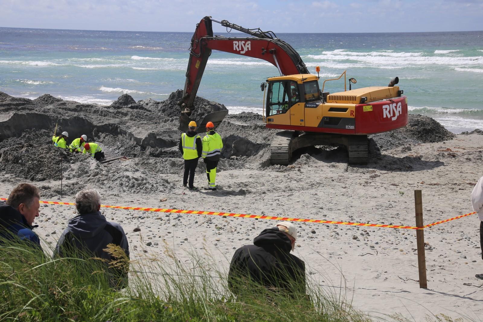 Skipsvraket ble oppdaget våren 2016. Det er allerede gjort prøvegraving og analyser av treverket.