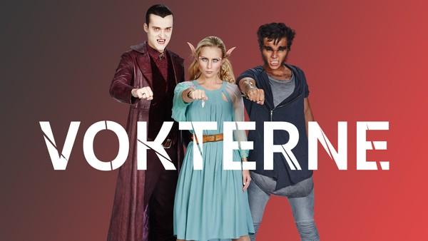 Tre ungdommer har hver sin unike egenskap som gjør at de kan forvandle seg til fantasi-skapninger; Alven Kristel, vampyren Vladimir og varulven Varg. Sammen er de Vokterne, en hemmelig gruppe som beskytter innbyggerne i landsbyen Skumreskog. Tysk dramaserie.