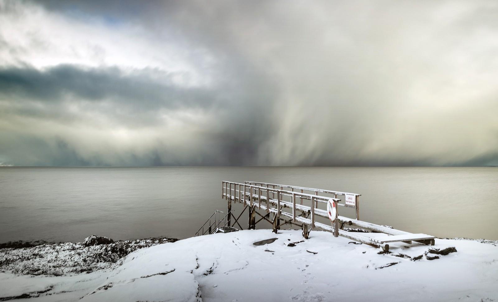 Snøstorm over Trondheimsfjorden