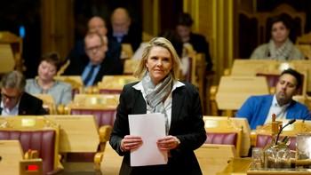 Oslo 20160119. Innvandrings- og integreringsminister Sylvi Listhaug (Frp) i Stortinget i Oslo tirsd