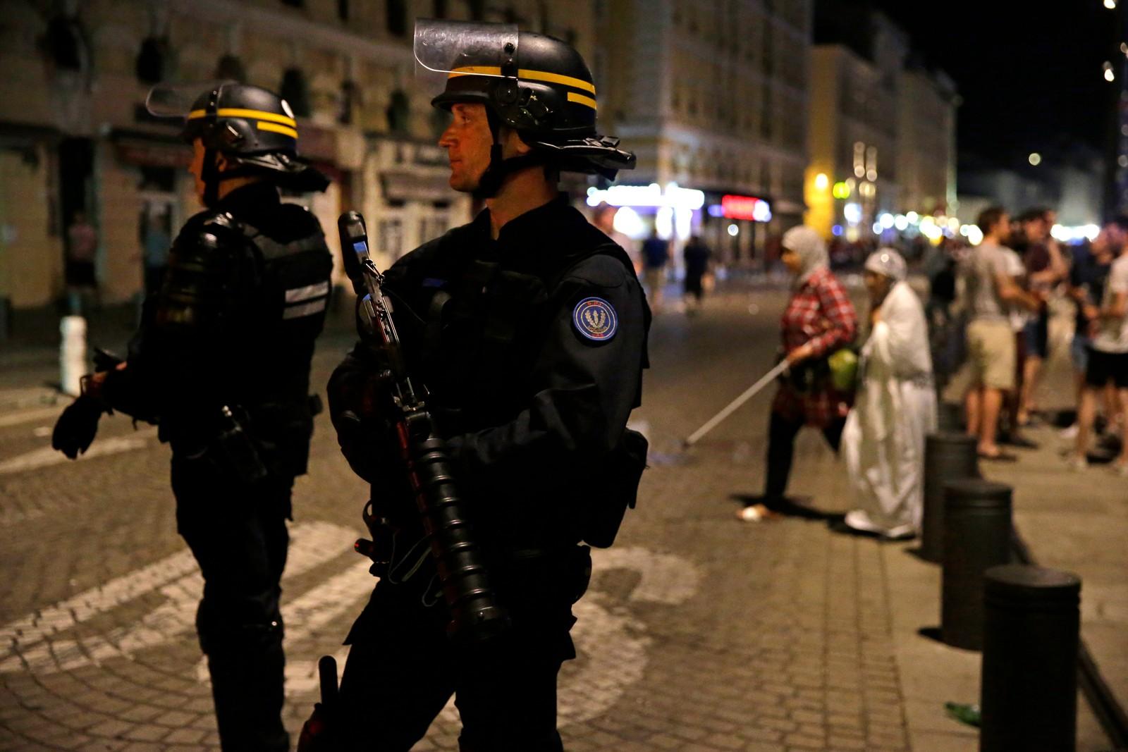 Politiet vokter gatene i Marseille