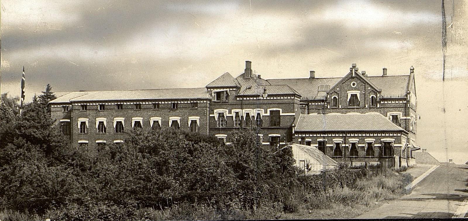 Fabrikkbyggingen til Th. Marthinsen Sølvvarefabrikk, ca 1930.