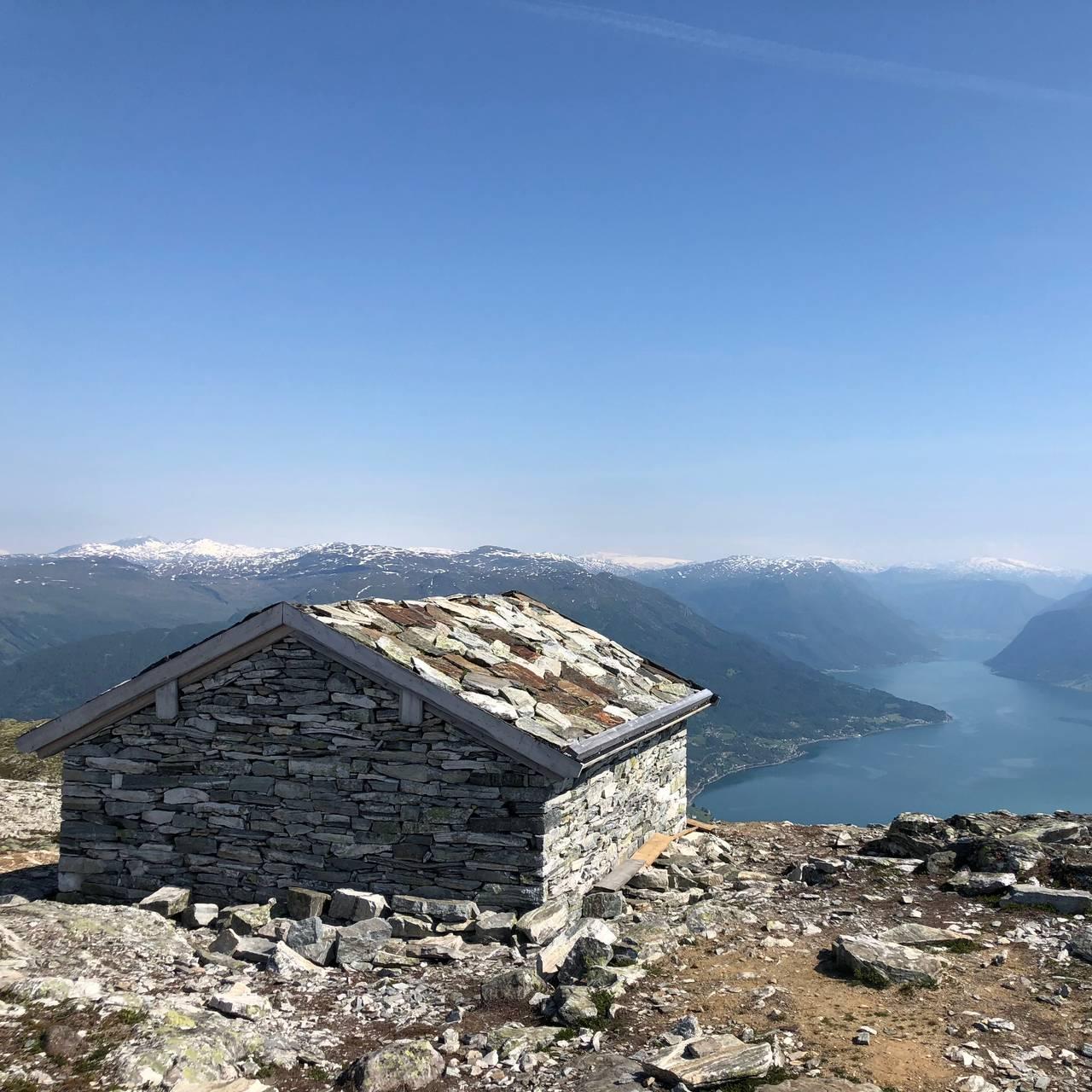 Frå fjelltoppen Molden i Luster.