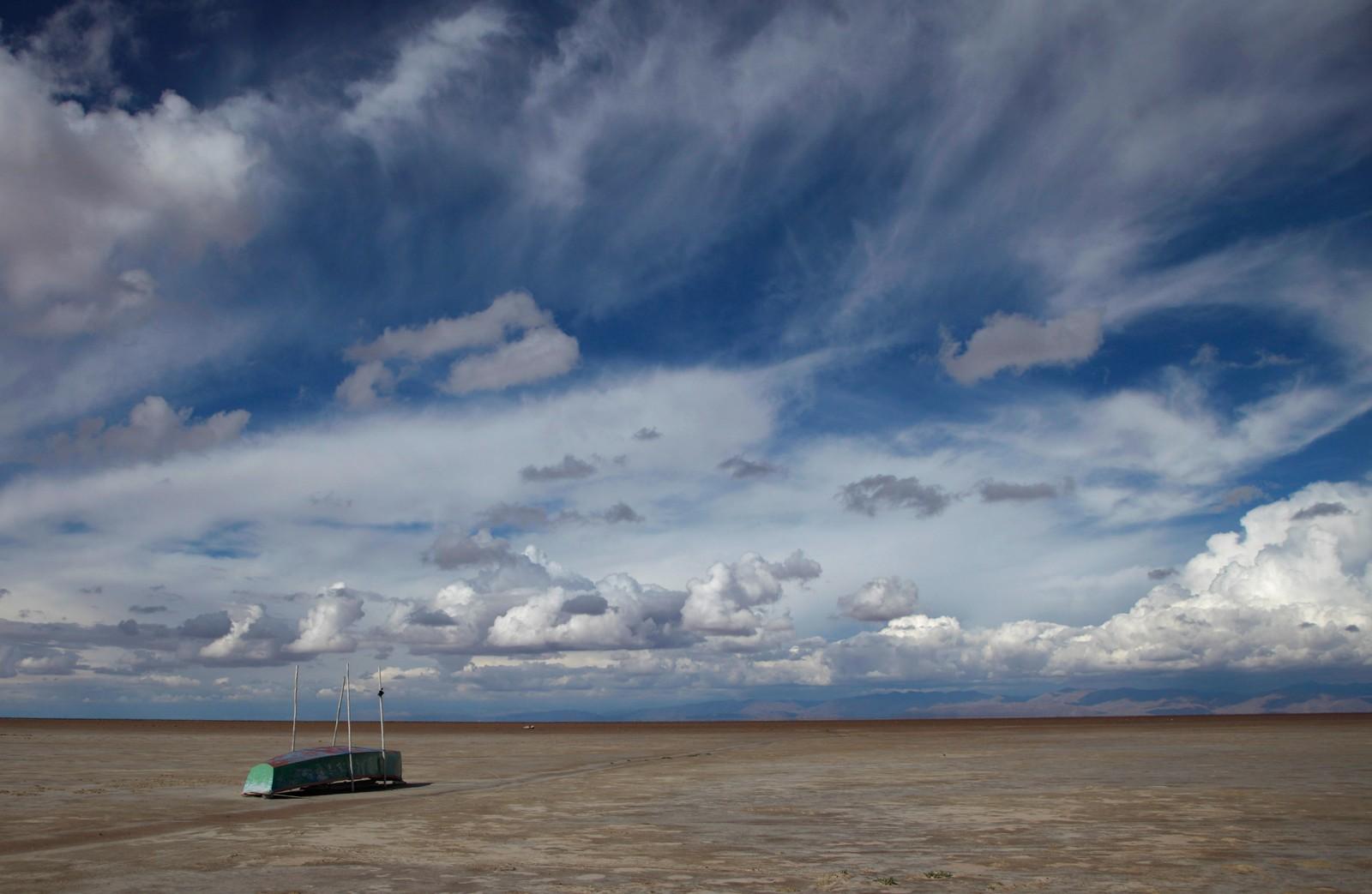 Innsjøen har også tørket ut tidligere, men da kom vannet tilbake. Det tror ikke forskerne skjer igjen.
