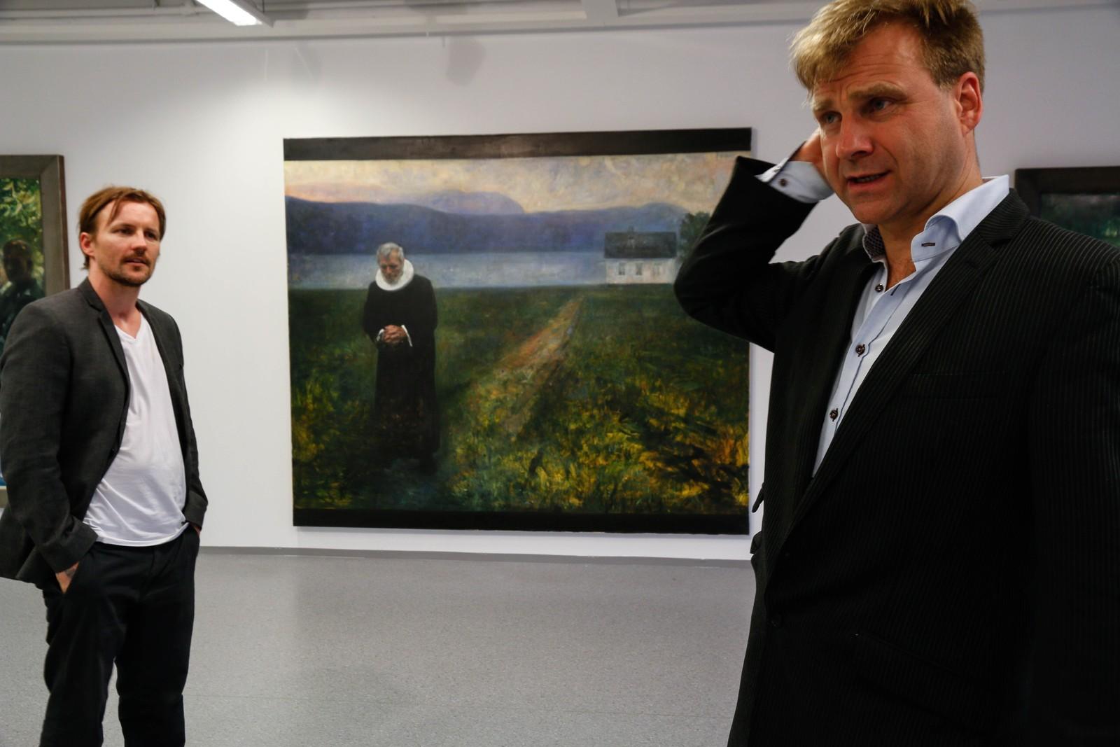Den lokale kunstnaren Rune Furelid (t.v.) legg ikkje skjul på at han let seg inspirere av Vebjørn Sand.
