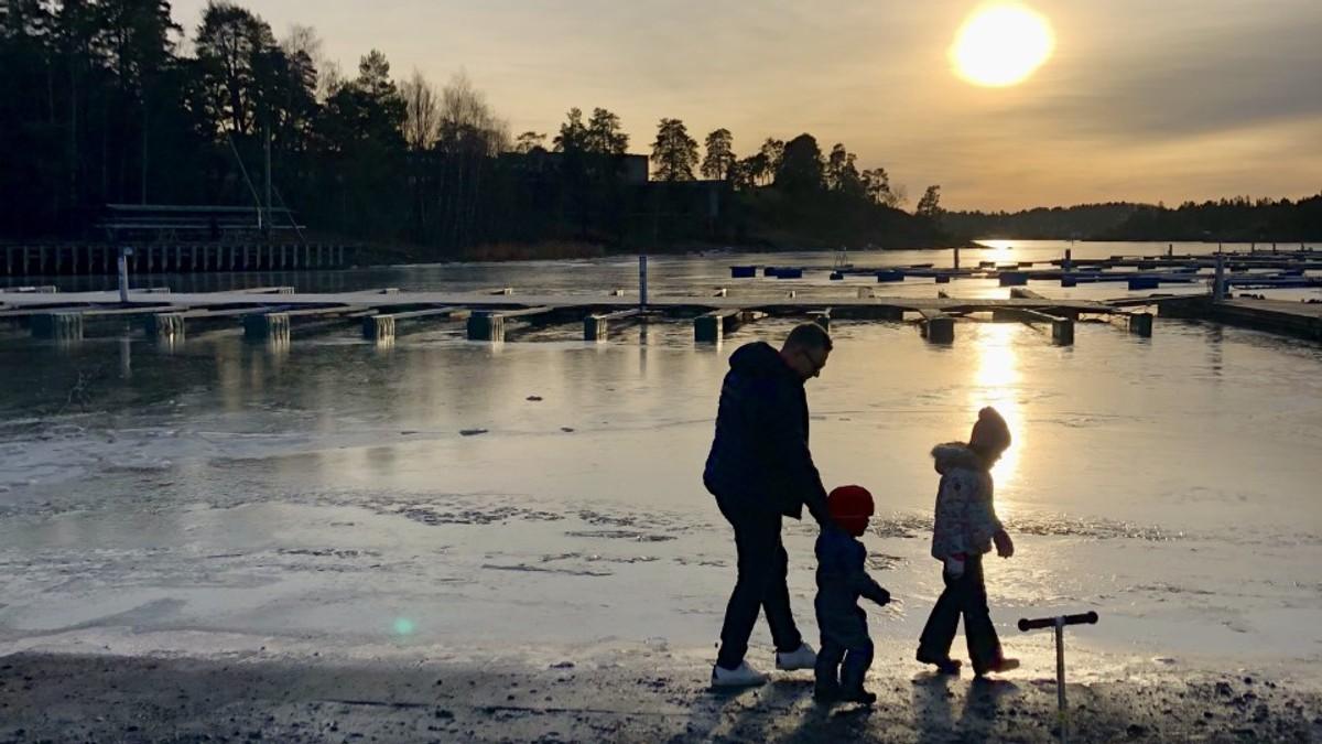 SOL I AUST: Sol over Høvik i Bærum sist helg.