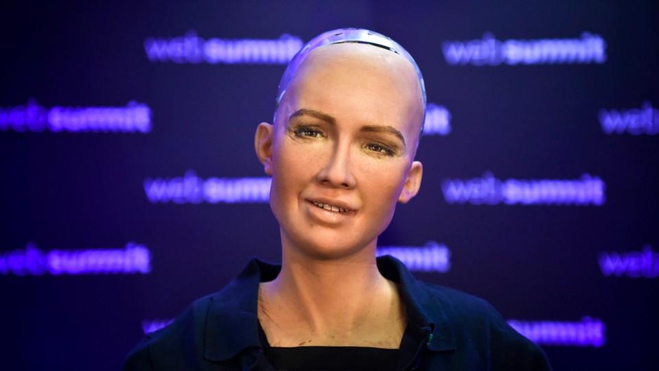 Hva gjorde roboten Sophia i Saudi-Arabia?