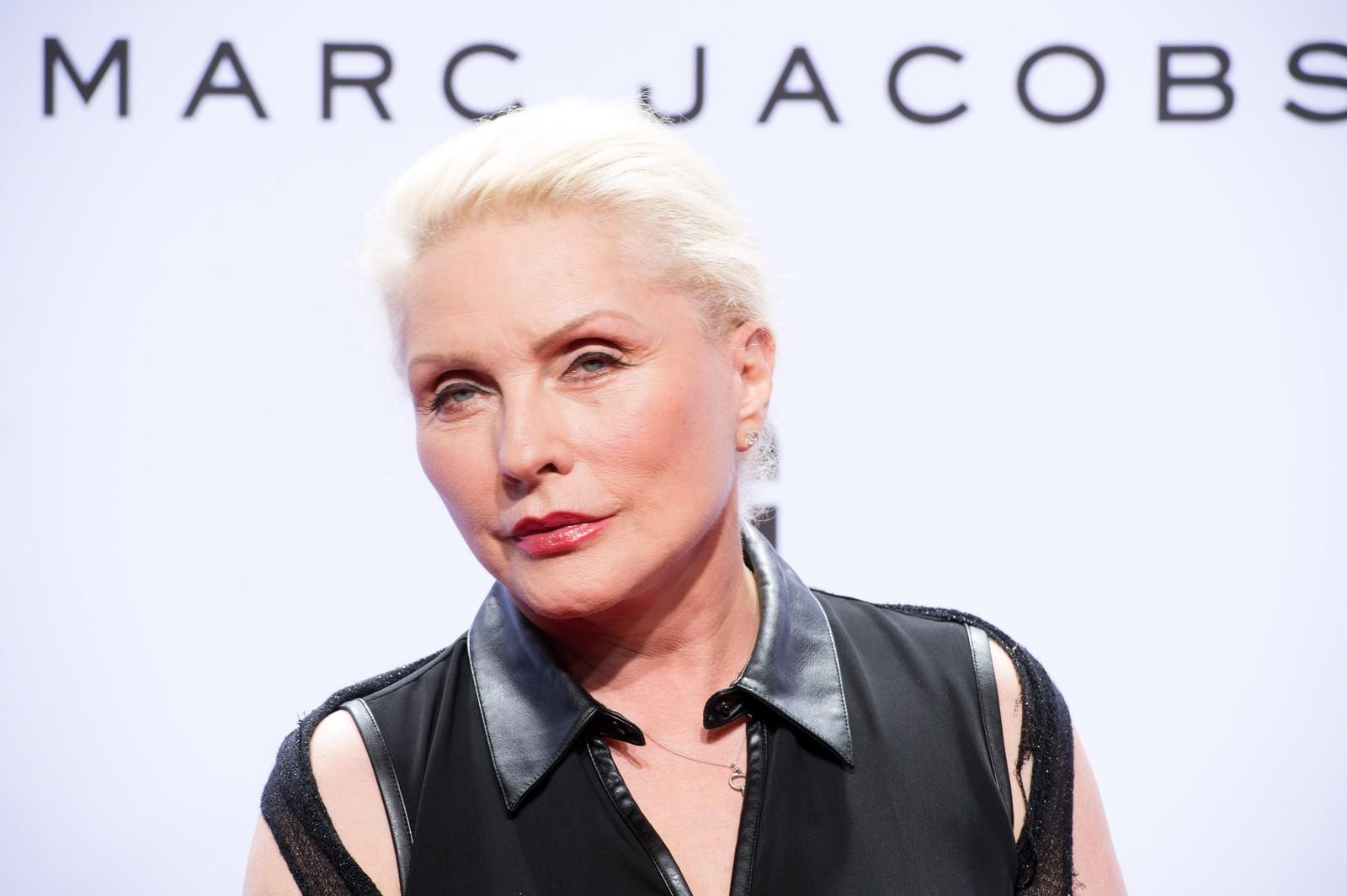 Noko av musikken til showet var henta frå 70-talets New York. I publikum sat blant anna Debbie Harry, vokalist i Blondie.