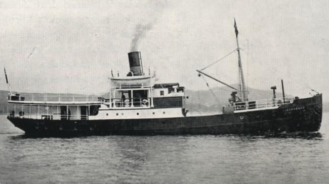 """DS """"Stavenes"""" var den første bilførande båten i selskapet."""