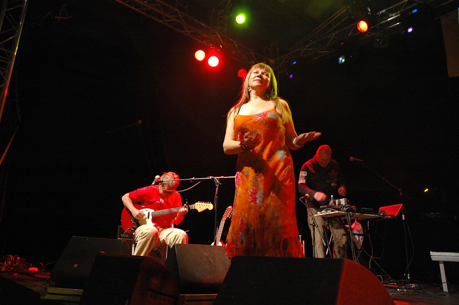 Fra Mari Boines konsert på Varangerfestivalen i Vadsø i 2007.