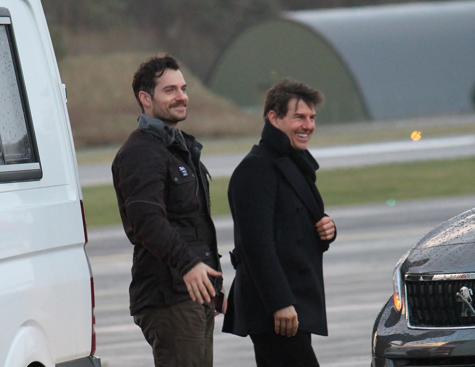 Tom Cruise og Henry Cavill.