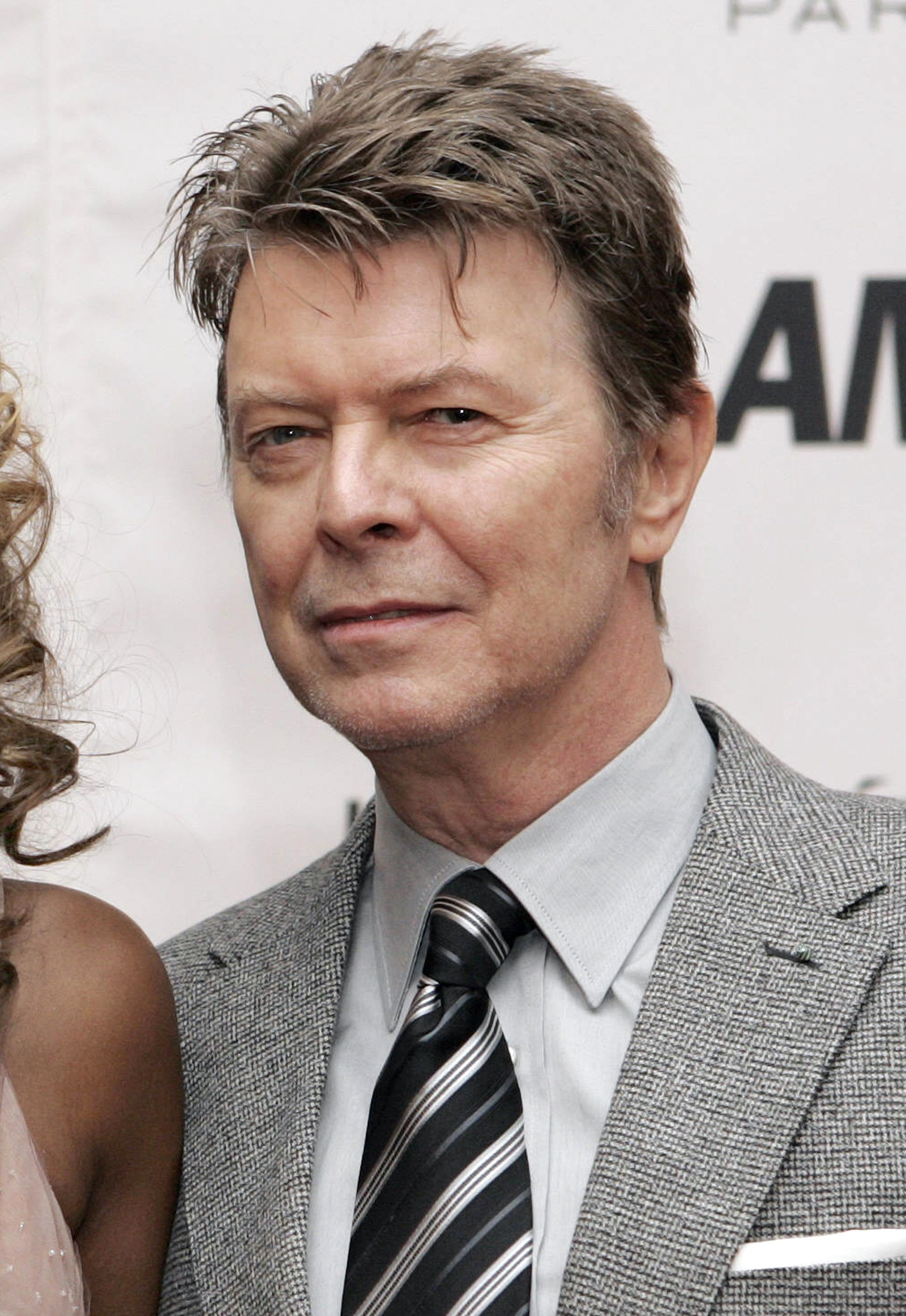 "David Bowie ankommer ""Glamour Women of the Year awards"" i 2006."