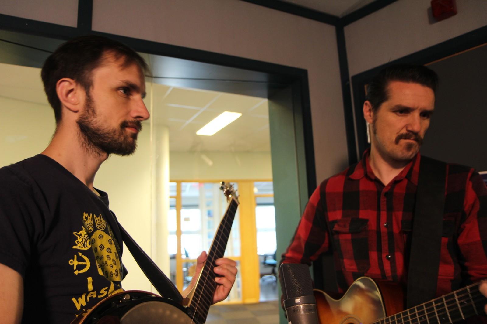 Erlend Egeberg Aasland (t.v.) og Dag Sindre Vagle spilte med Randi Tytingvåg.