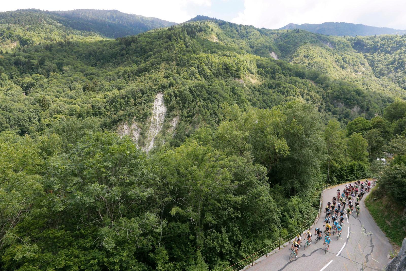 Tour de France er et av verdens vakreste idrettsarrangementer. (AP Photo/Christophe Ena)