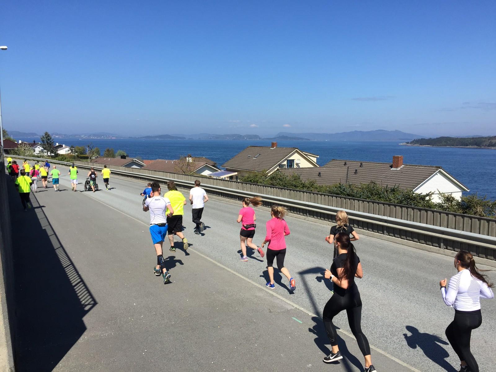 Her passerer løperne Tasta.