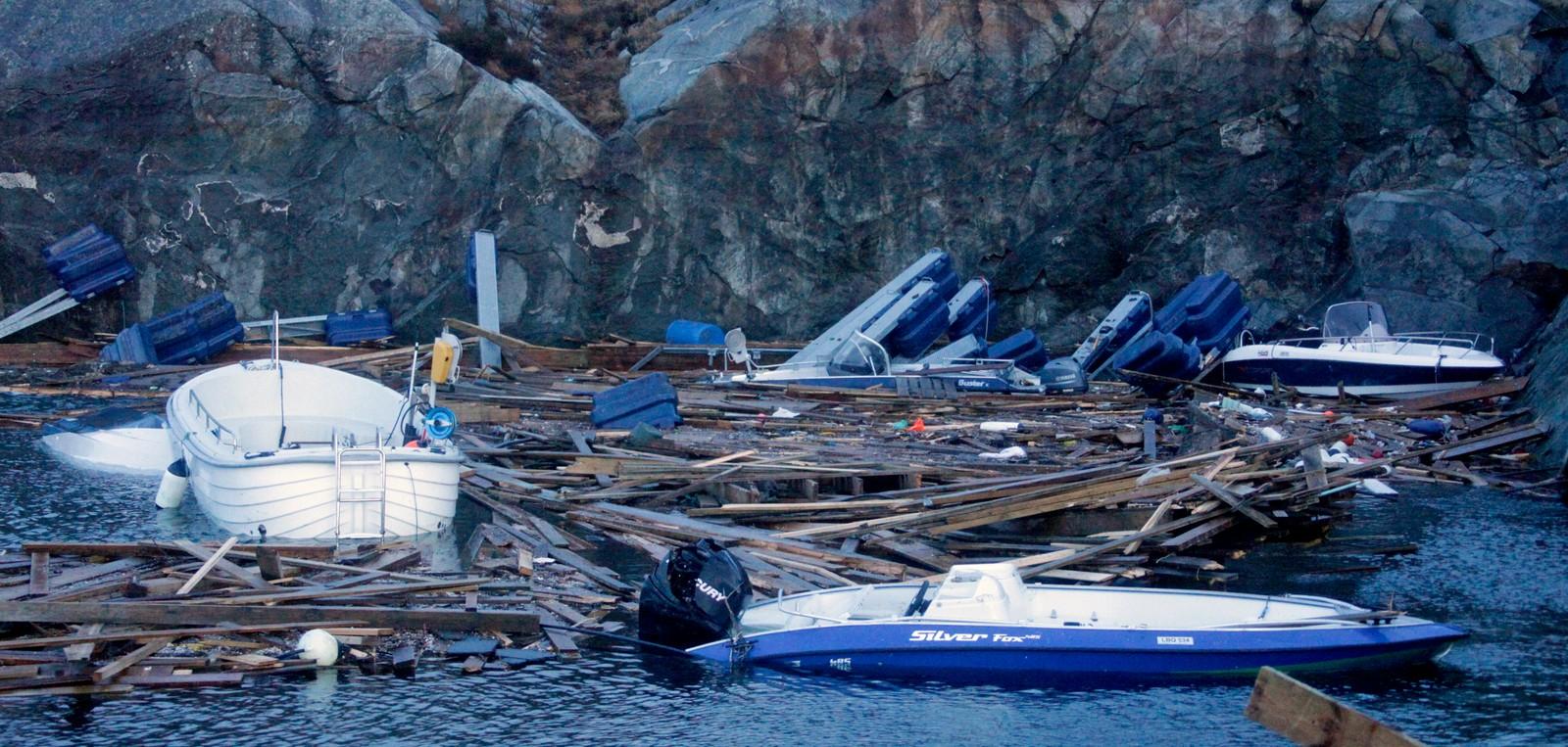 Store skader på båter og kai i Eltravågen på Sveio