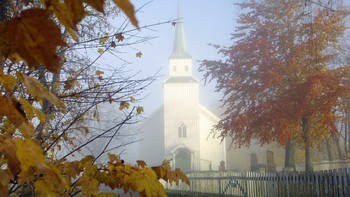 Egge kirke i skodde
