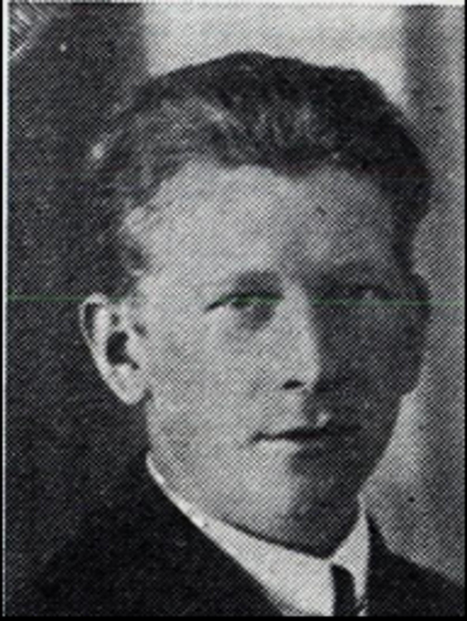 Martin Danielsen: Pølsemaker, bodde i Åsnes. Var med i redningsarbeidet under bombeangrepet på Elverum 11.april 1940, og ble drept samme dag av en bombesplint.