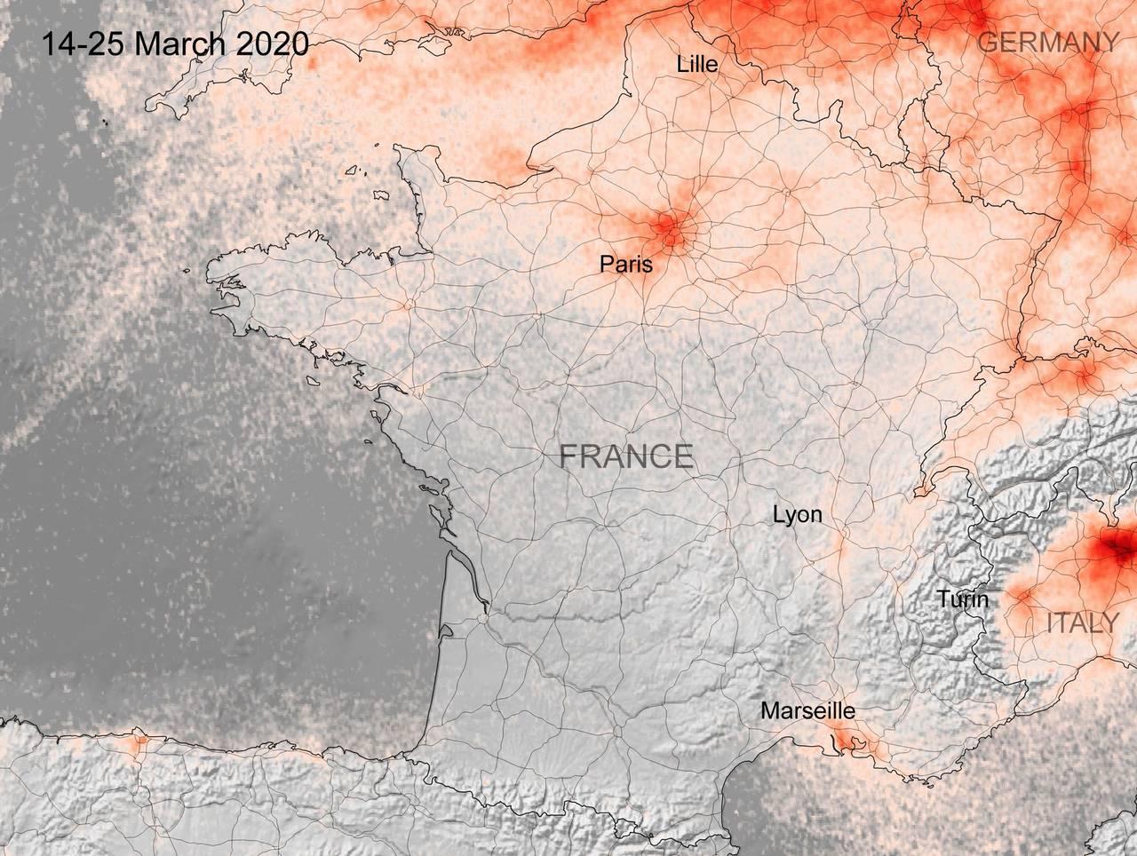 Kart fra ESA som viser konsentrasjonen av NOx-gasser i Frankrike i perioden 14.-25. mars 2020