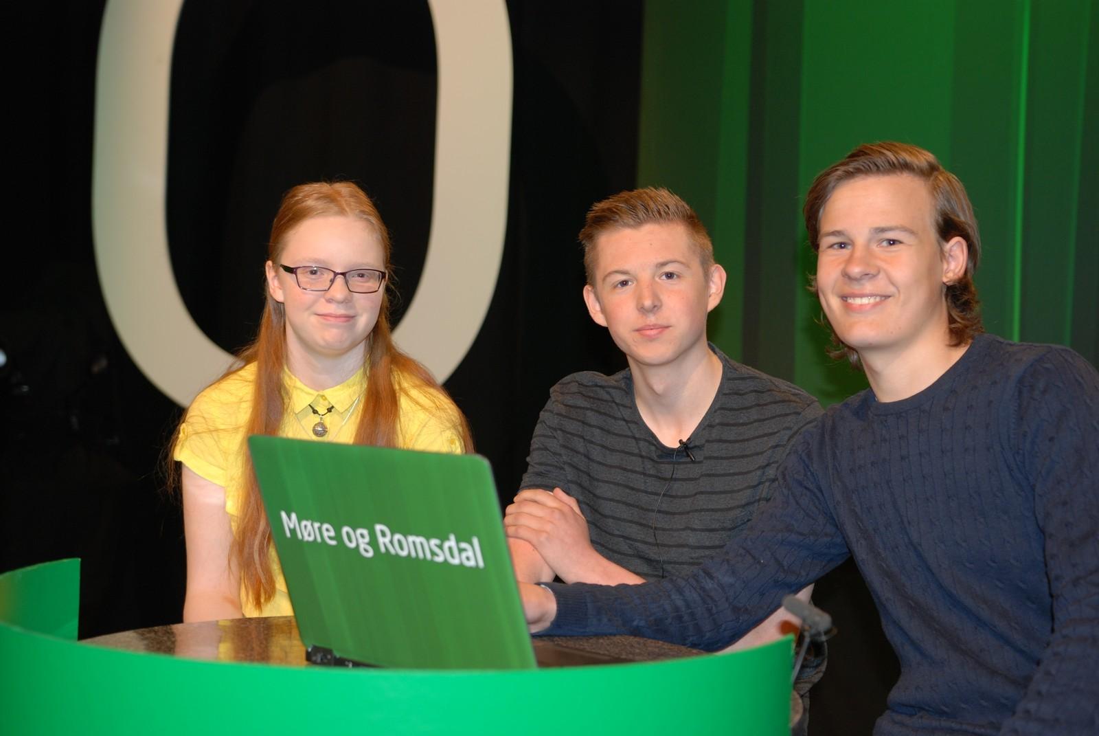 MØRE OG ROMSDAL: Helland skule, Vestnes representert ved Jardar André Furland Sylte, Markus Sele og Astrid Væge.