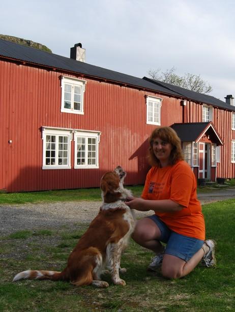 ILDSJEL: Marit Opland Savic og medsøstre tok noen grep da forfallet begynte å ta overhånd. Foto: Billy Jacobsen / NRK 2009