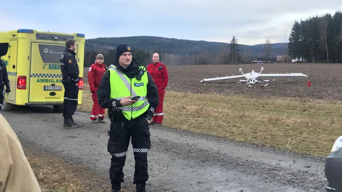To personer i havarert småfly