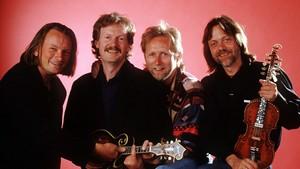 Gitarkameratene på scenen