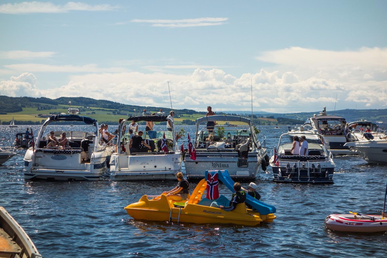 Båtene hadde samlet seg på Hamar i dag.