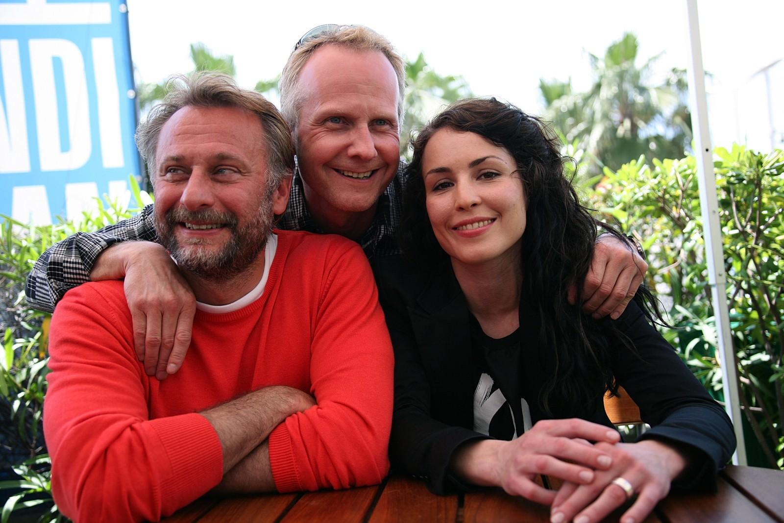MILLENIUMTROLOGIEN: Michael Nyqvist, regissør Niels Arden Oplev og skodespelar Noomi Rapace deltok på Cannes-festivalen i 2009 med filmen «Menn som hater kvinner».