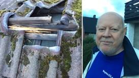 BRÅKETE MORGON: I Nedre Varåsen på Os slo lynet ned i taket til Reidar Olsen.