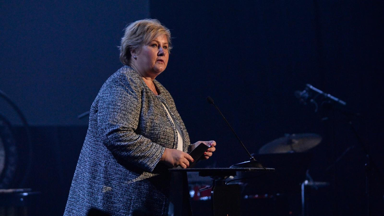 Statsminister Erna Solberg talte på markeringen av de nye kampflyene på Ørland hovedflystasjon.