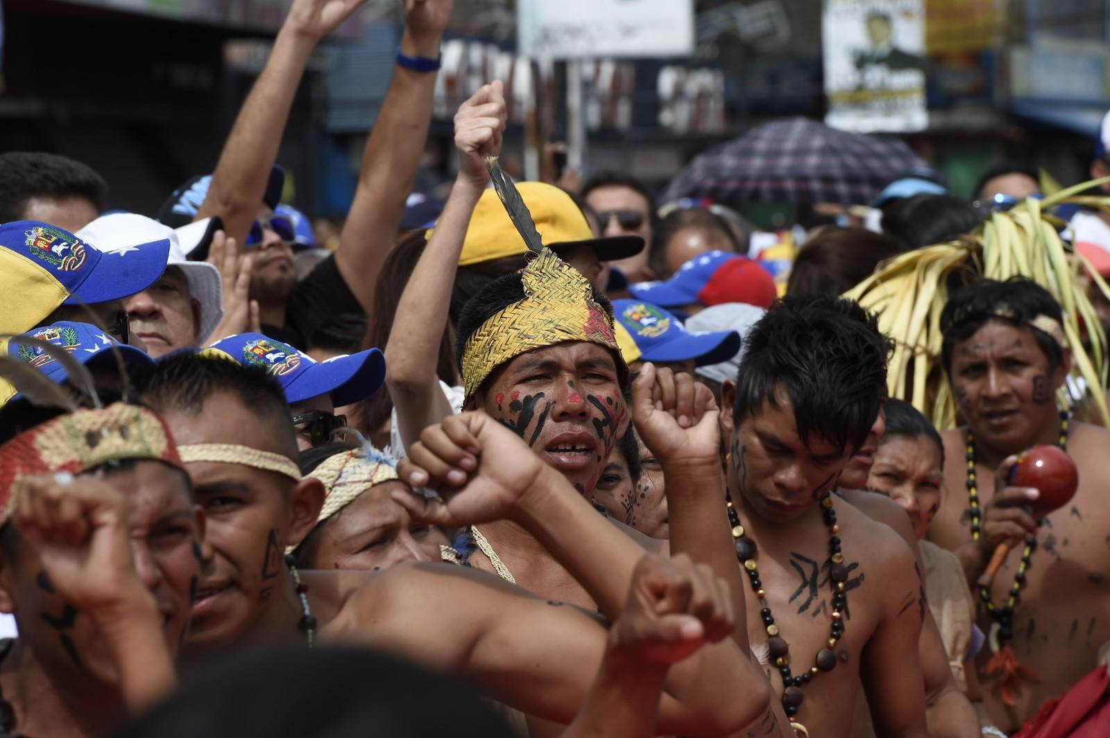 Venezuelanere fra hele landet, også områdene rundt Amazonas, kom for å demonstrere mot presidenten.