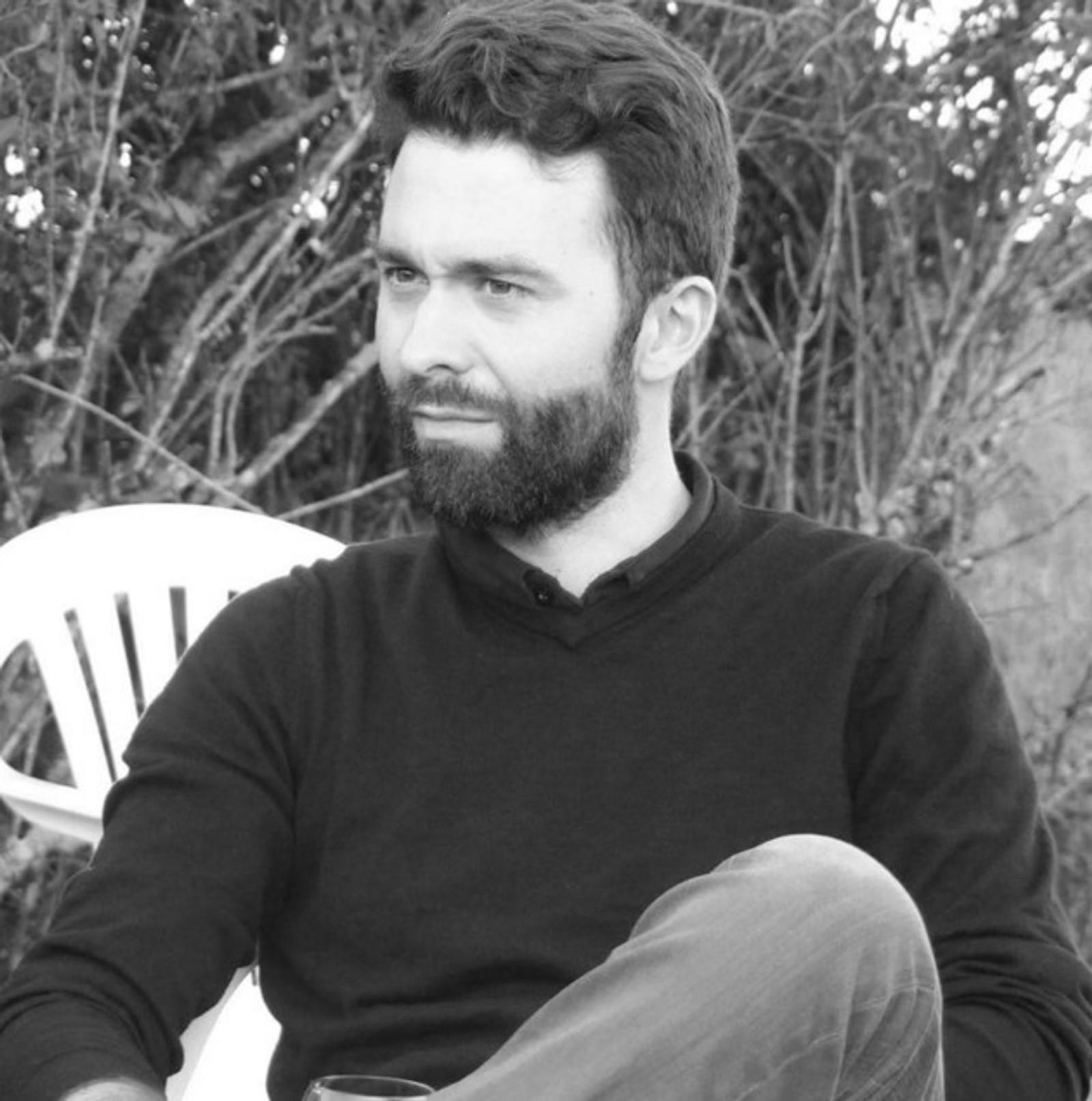 DREPT: Renaud Le Guen (29) ble drept i Bataclan. Han var på konsert med kollegene sine. Renauld blir beskrevet som en høflig, intelligent og omsorgsfull mann som alle elsket.