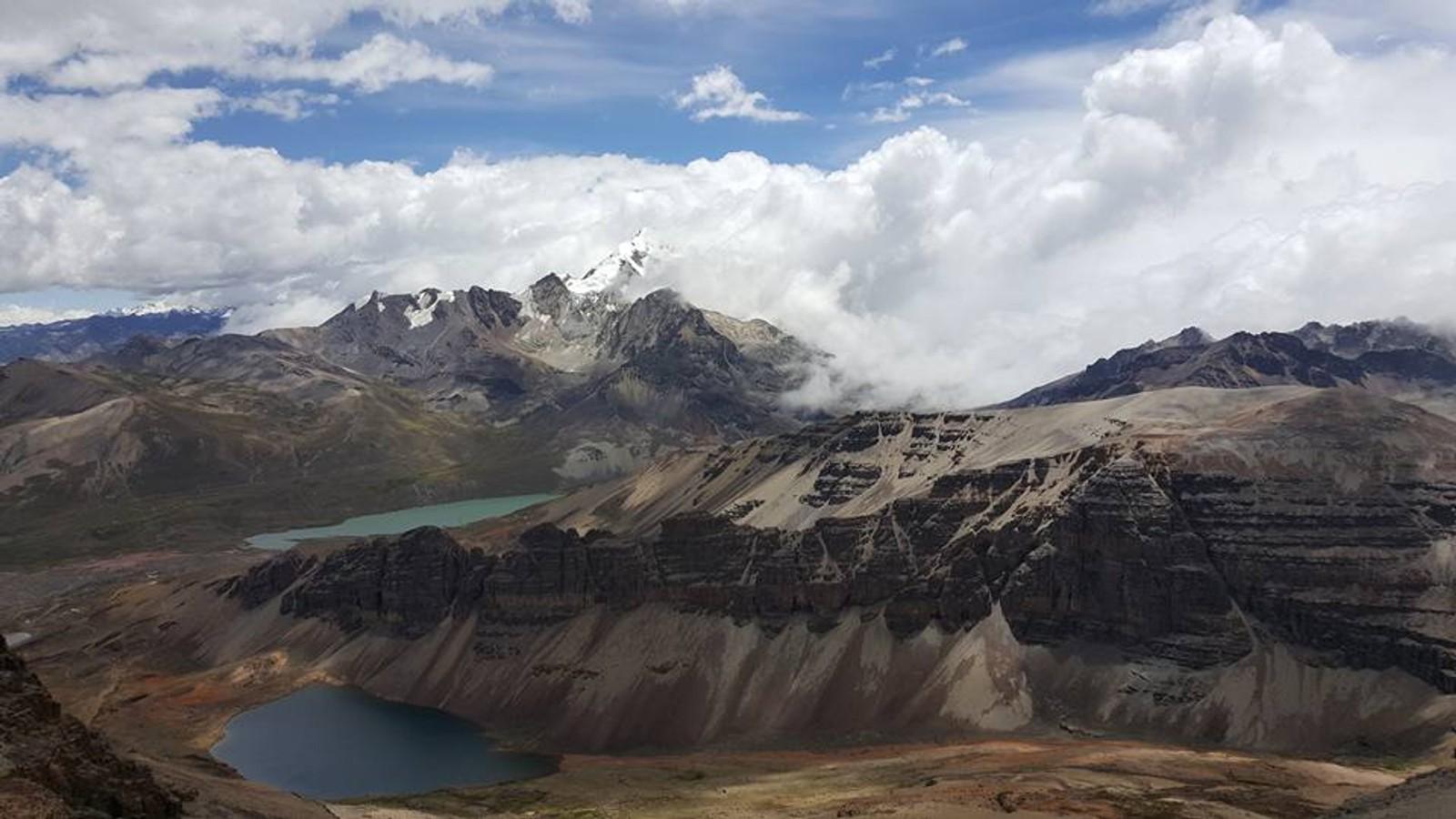 God utsikt fra toppen ut mot Andesfjellene.