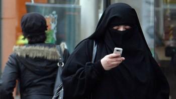 Frankrike kvinne i niqab Saint-Denis