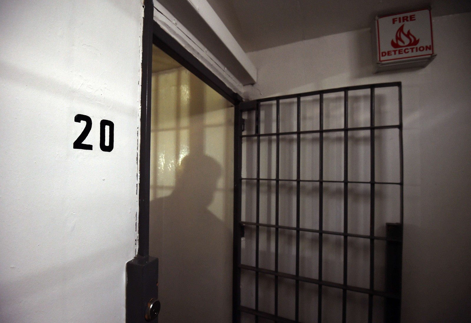 Guzman bodde i celle nummer 20, der han ble overvåket døgnet rundt.