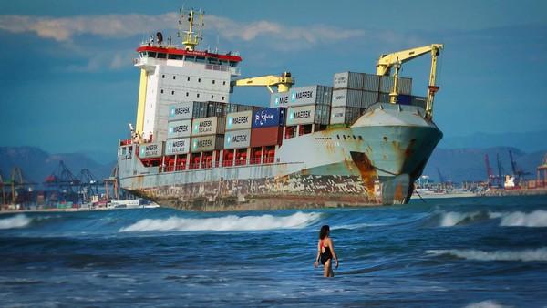 –Ett lasteskip forurenser like mye som 50 millioner biler