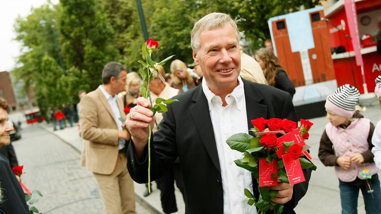 Byrådslederkandidat Rune Gerhardsen drev sammen med statsminister Jens Stoltenberg valgkamp for Arbeiderpartiet i Oslo.