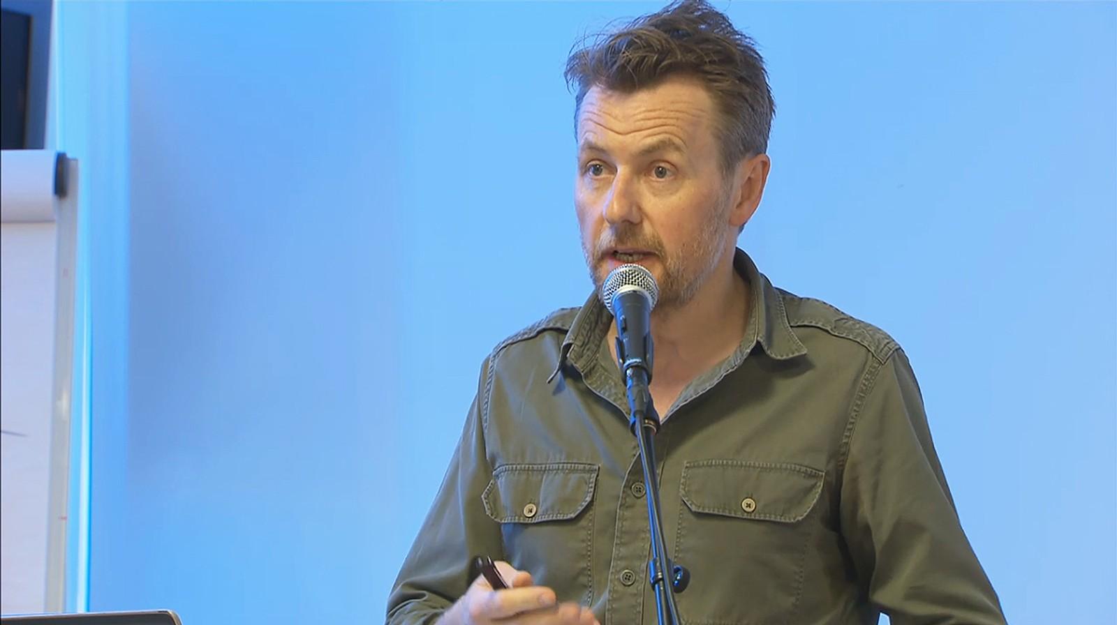 Utidig oppførsel: Fredrik Skavlan måtte forsvare seg i Kringkastingsrådet i 2015. Hans intervju med Jimmie Åkesson utløste klagestorm og ny debatt om rådets eksistens.